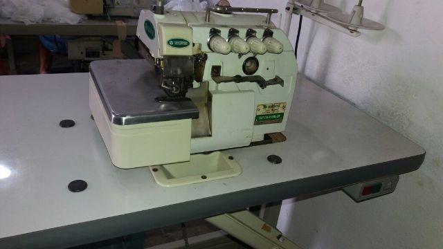 Máquina de costura Interlok