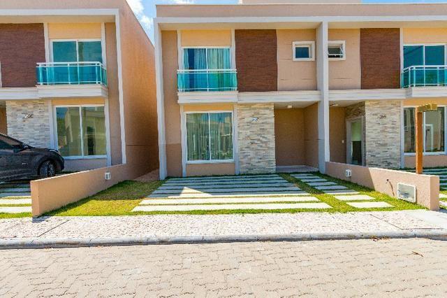 Casa em condomínio pronta para morar em Eusébio