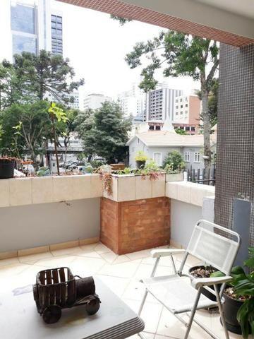 M132 - Excelente apartamento muito bem localizado no Batel - Foto 5