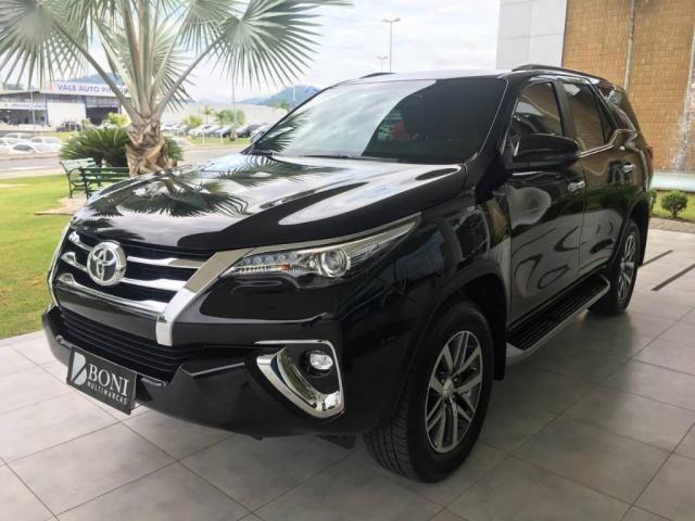 Toyota Hilux SW4 SRX 2.8