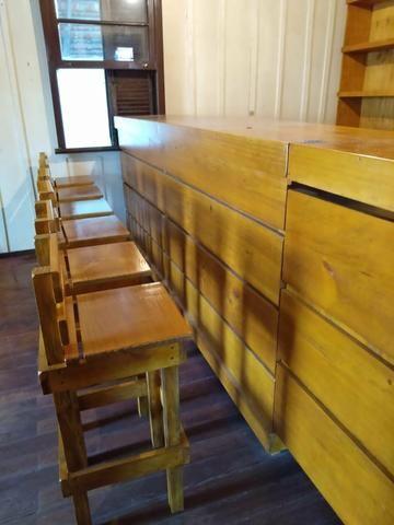 Balcão restaurante madeira maciça.700.00 - Foto 4