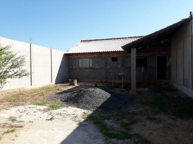 Casa em construçao ,terreno a pagar