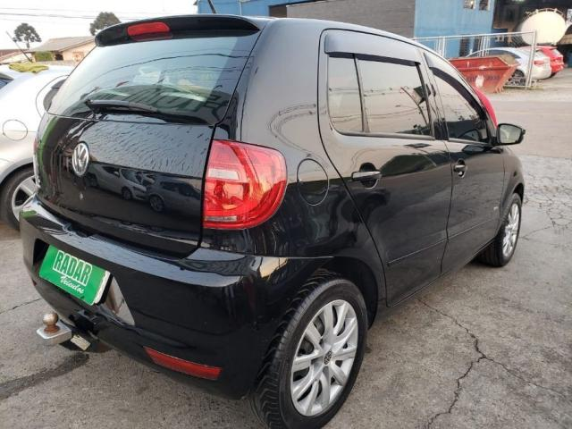 Volkswagen Fox TREND 1.0 8V FLEX 4P 4P - Foto 3