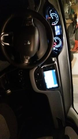 Peugeot 208 Allure 1.5 - Foto 3