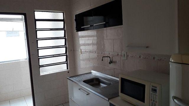 Apartamento para venda semimobiliado com 1 dormitório - direto com proprietário - Foto 9