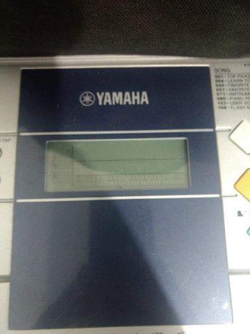 Teclado Yamaha E323 - Foto 2