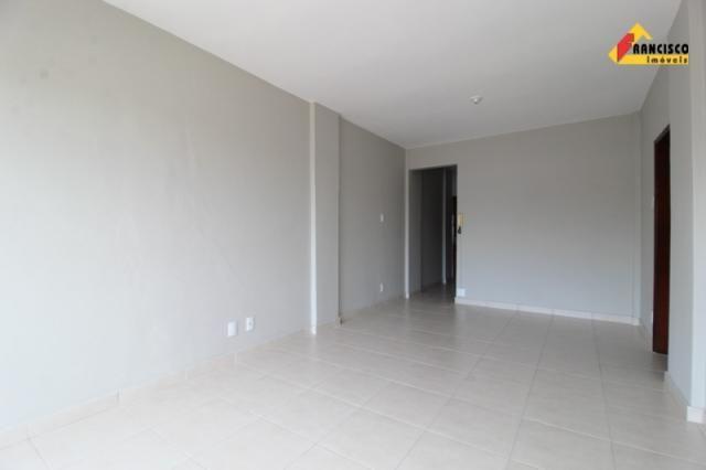 Apartamento para aluguel, 3 quartos, 1 suíte, 1 vaga, Centro - Divinópolis/MG