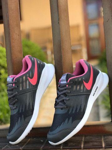 Tênis Nike Star Runner $150