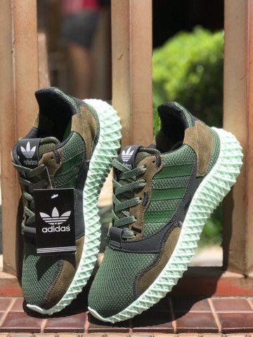 Tênis adidas flat $160,00 - Foto 2