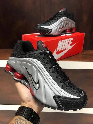 Tênis Nike shox r4 $270 - Foto 2