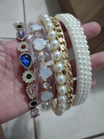 Vendo bijus e acessórios pra loja