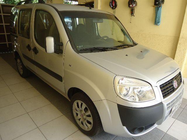 Fiat Doblo 1.8 essence 07 lugares