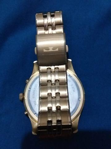 d331c5f13aa Relógio Technos 200 reais