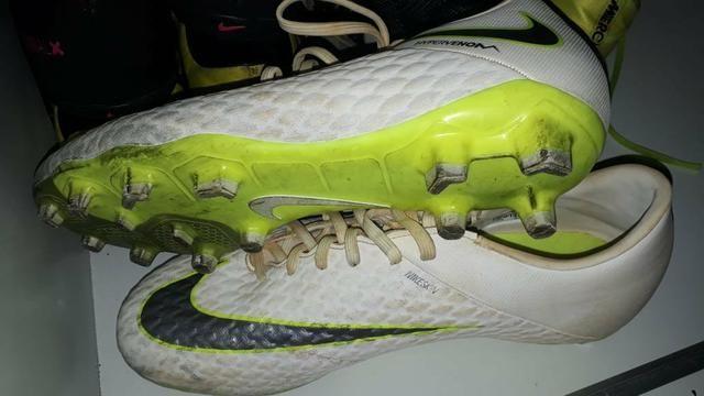 413a0a9d7ec78 Chuteira campo Nike Hypervenom Pro - N°41 - Esportes e ginástica ...