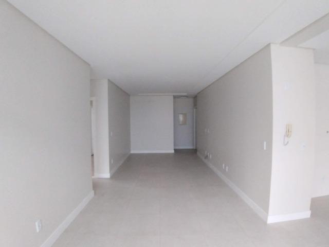 Apartamento 2 Suítes 97 M².Sacada com Churrasqueira, Lavabo, 1 Vaga no Centro - Foto 9