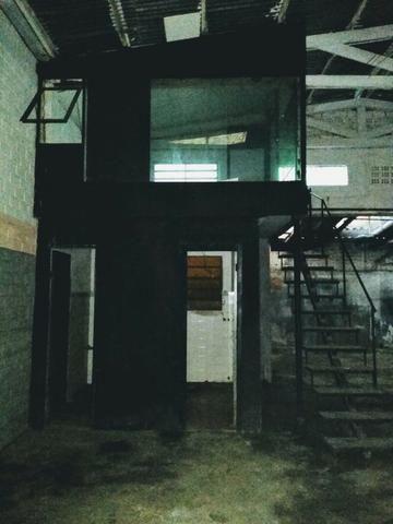 Galpão comercial - 300m² aluga/vende - Foto 8