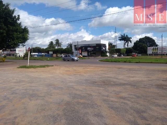 Área com frente para avenida das Palmeiras - Foto 3