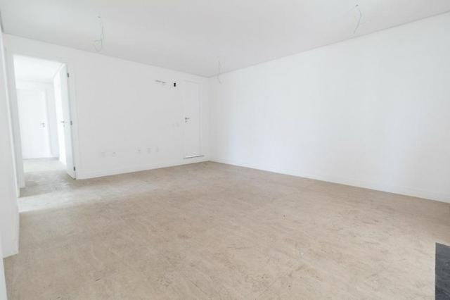 Brisas do Meireles, apartamento duplex com 3 suítes, gabinete, 4 vagas de garagem, - Foto 11