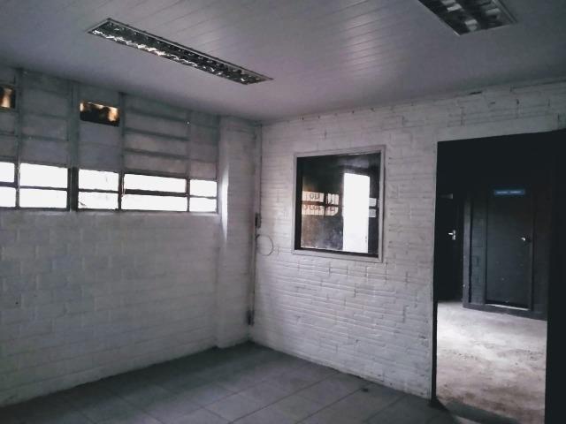 Galpão comercial - 300m² aluga/vende - Foto 12