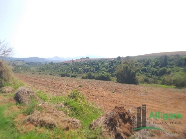 Fazenda Em Pouso Alegre - Foto 8