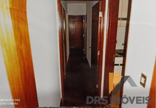Apartamento com 4 quartos no EDIFÍCIO CHATEAU D'OR - Bairro Centro em Londrina - Foto 13