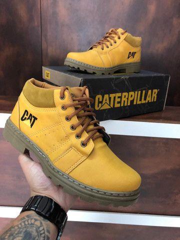 Bota Caterpillar $160 - Foto 3