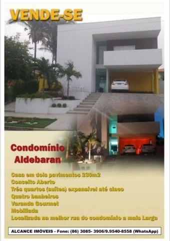 Casa no Condomínio Aldebaran