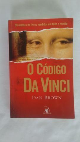 Trilogia Dan Brown semi-nova. (Preço não negociável)