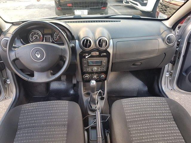Renault / Sandero Privilege 1.6 - Foto 9