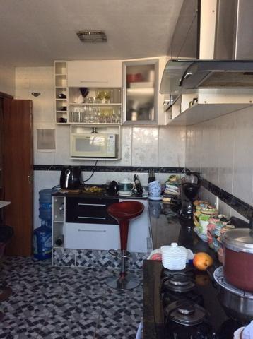 Amplo apto 80 mts2 03 quartos no Centro de Nilópolis RJ. Ac. carta !