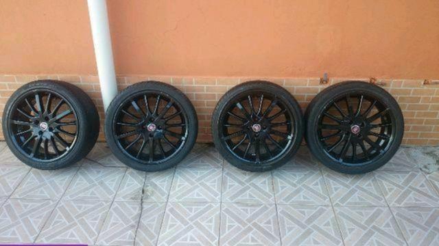 Barbada Roda 17 com pneu Pra vender hje