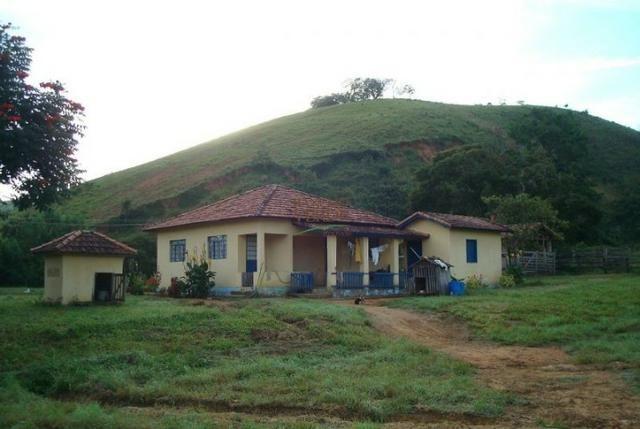Linda Fazenda no Vale do Paraiba, porteira fechada - Cód 1505
