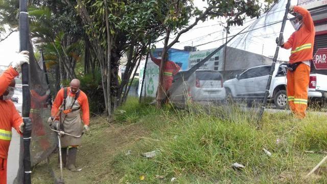 Escutamos serviços de limpeza em geral terrenos,chácaras, praça e jardins - Foto 6