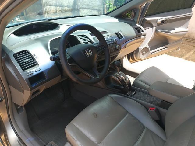 Vende-se Honda Civic Plaza LXS 09/10 1.8 Flex - Foto 6