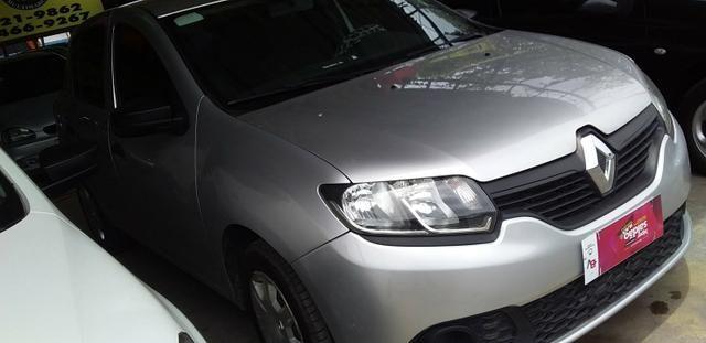 Renault sandero completao com gnv novíssimo - Foto 3