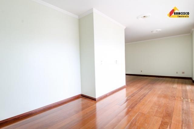 Apartamento à venda, 4 quartos, 1 suíte, 1 vaga, Centro - Divinópolis/MG