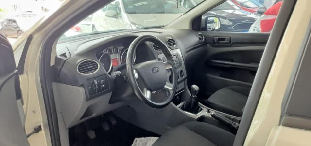 FORD Focus Sedan 2.0 16V/2.0 16V Flex 4p - Foto 7