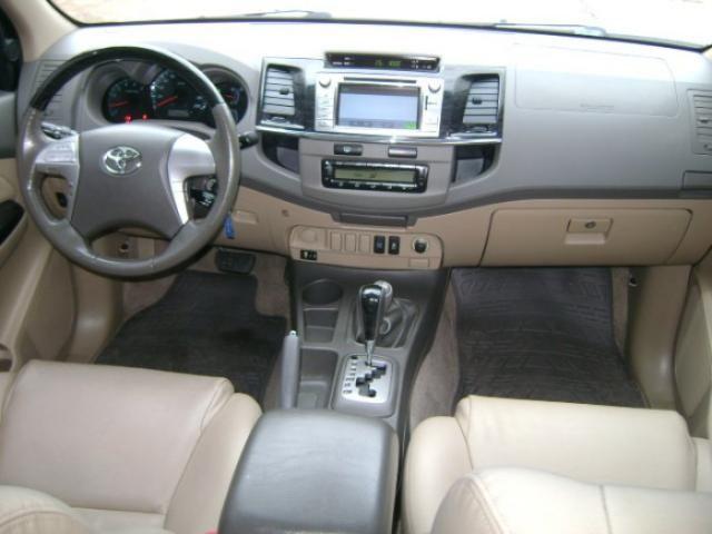 Toyota hilux sw4 2013 3.0 srv 4x4 16v turbo intercooler diesel 4p automÁtico - Foto 7