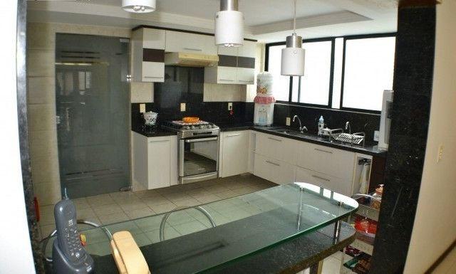 Apartamento 05 Suítes, 221,5m², um por andar em Miramar - Foto 5