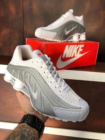 Tênis Nike shox r4 $270 - Foto 4