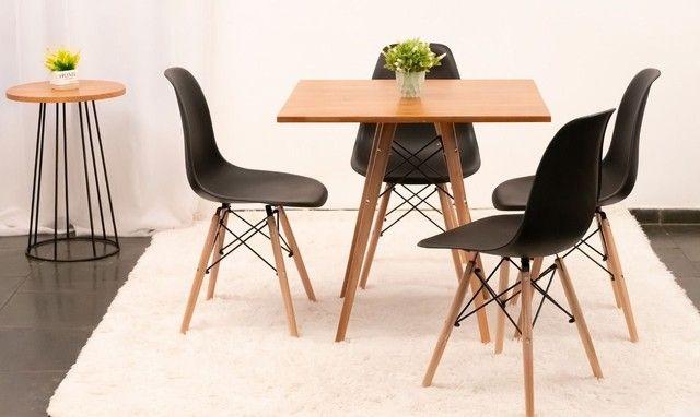 Mesa estilo eiffell tampo madeira  maciço + 4 cadeiras  - Foto 3