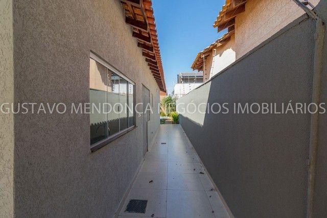 Casa térrea no Rita Vieira 1 toda reformada, com piscina e no asfalto! - Foto 11