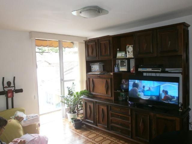 Olaria Venda apartamento 2quart, sala, coz, ban e área