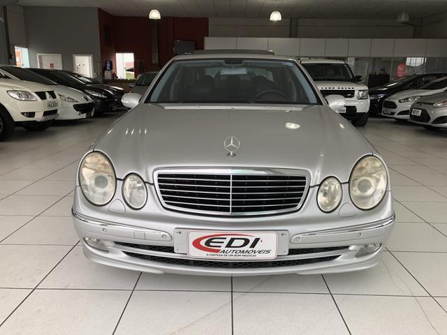 Mercedes-Bens E 320 ano 2004 impecável - Foto 3
