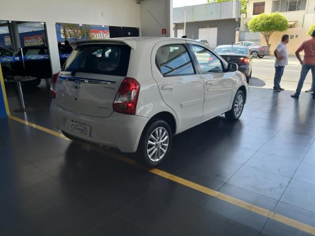 Toyota etios 2013/2013 1.5 xls 16v flex 4p manual - Foto 2
