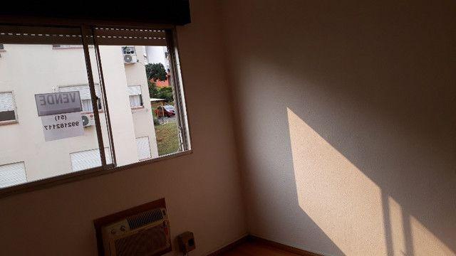 Apartamento para venda semimobiliado com 1 dormitório - direto com proprietário - Foto 4
