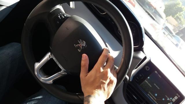 Peugeot 208 Allure 1.5 - Foto 5