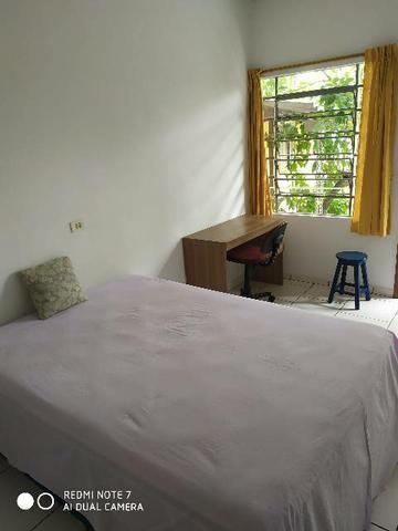 Suíte mobiliada Capão Raso - Foto 2