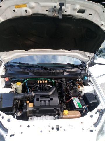 Siena 1.4 GNV De Fábrica Completo Rodas Pneus Novos! Troco Financio - Foto 6