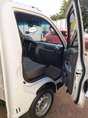 Caminhão HR Refrigerado - Foto 5